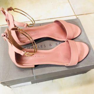 Charles & Keith Sepatu Pesta Dusty Pink