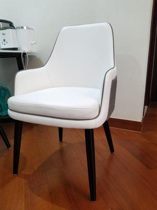 chair 餐椅
