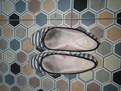 (ini foto sblm dicuci) Hnm stripe shoes