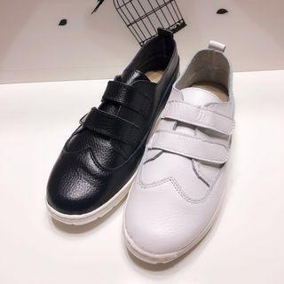 韓系簡約百搭素面魔鬼氈軟底休閒包鞋款