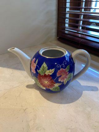 Tea pot antik