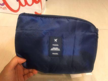 B 旅行小型收納袋 盥洗袋