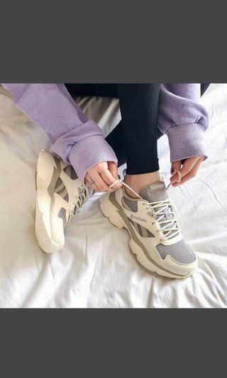 Reebok 老爹鞋