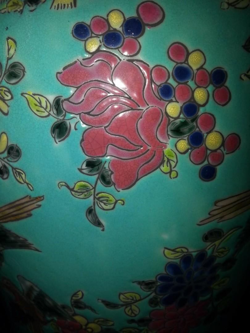 大清康熙年製款將軍罐,有蓋花瓶,粉彩