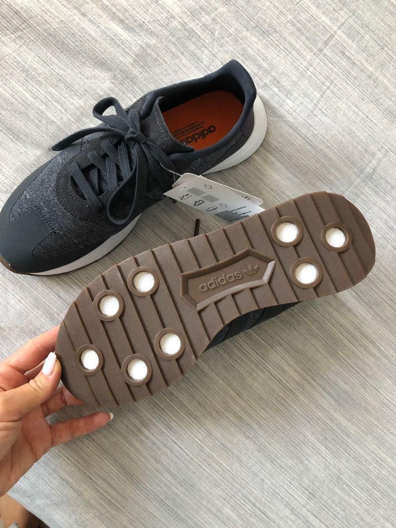 Adidas FlashBack ( 7.5 ) Brand new with tags!