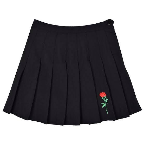 BNWT Black Embroidered Red Rose Tennis Pleated Skirt