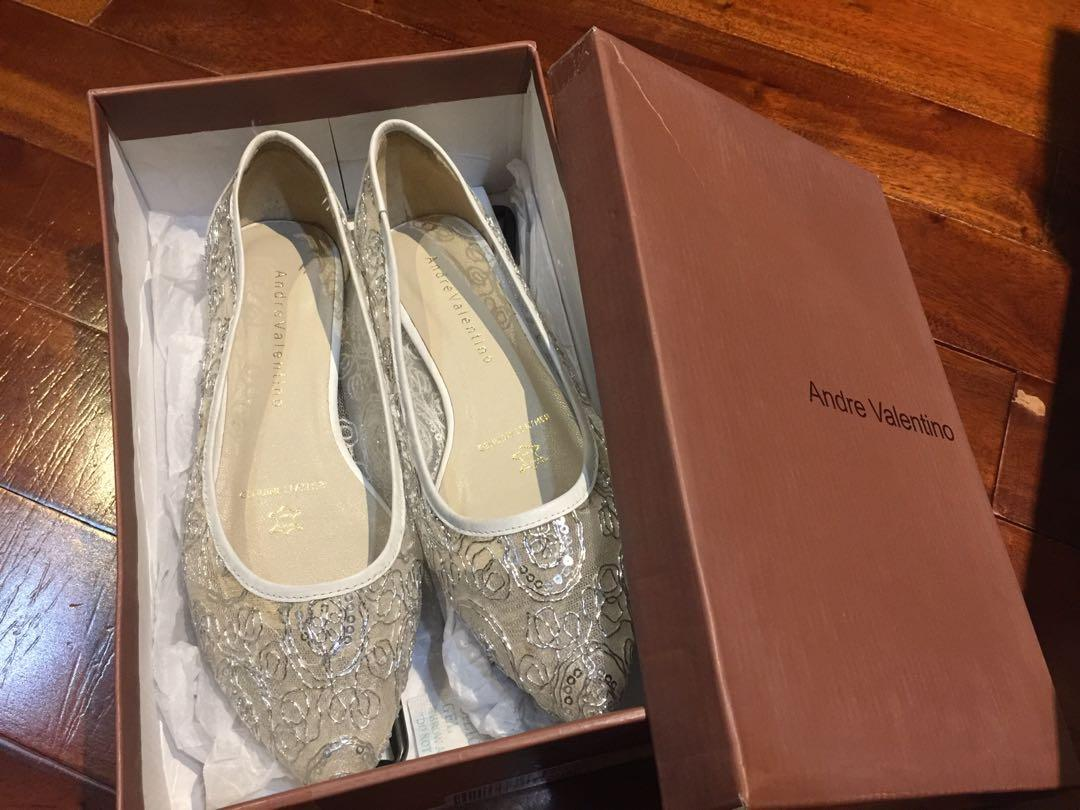 Andre Valentino Flat Shoes