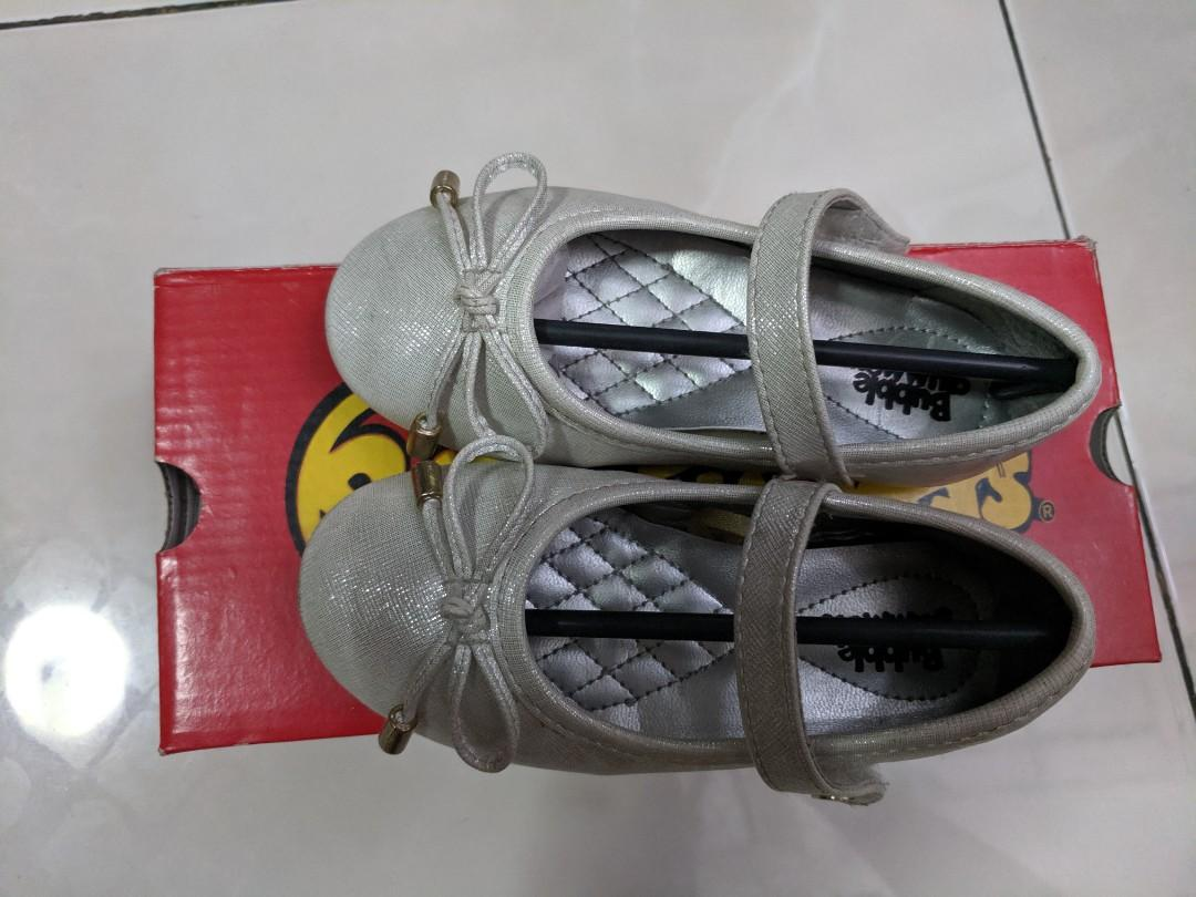 Girl shoes (18-24 months)
