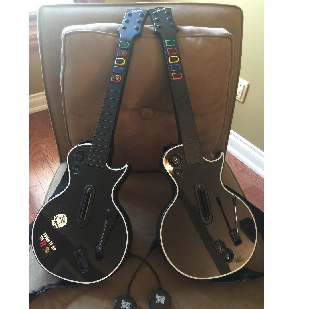 Guitar Hero Gibson Les Paul wireless guitar controllers