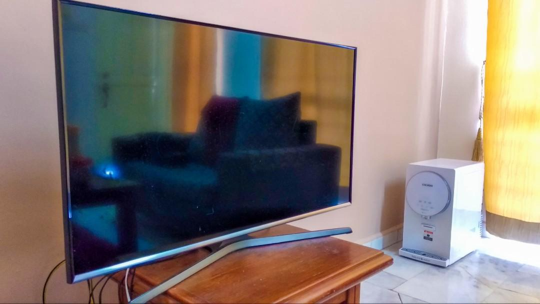 Samsung Smart TV 40""