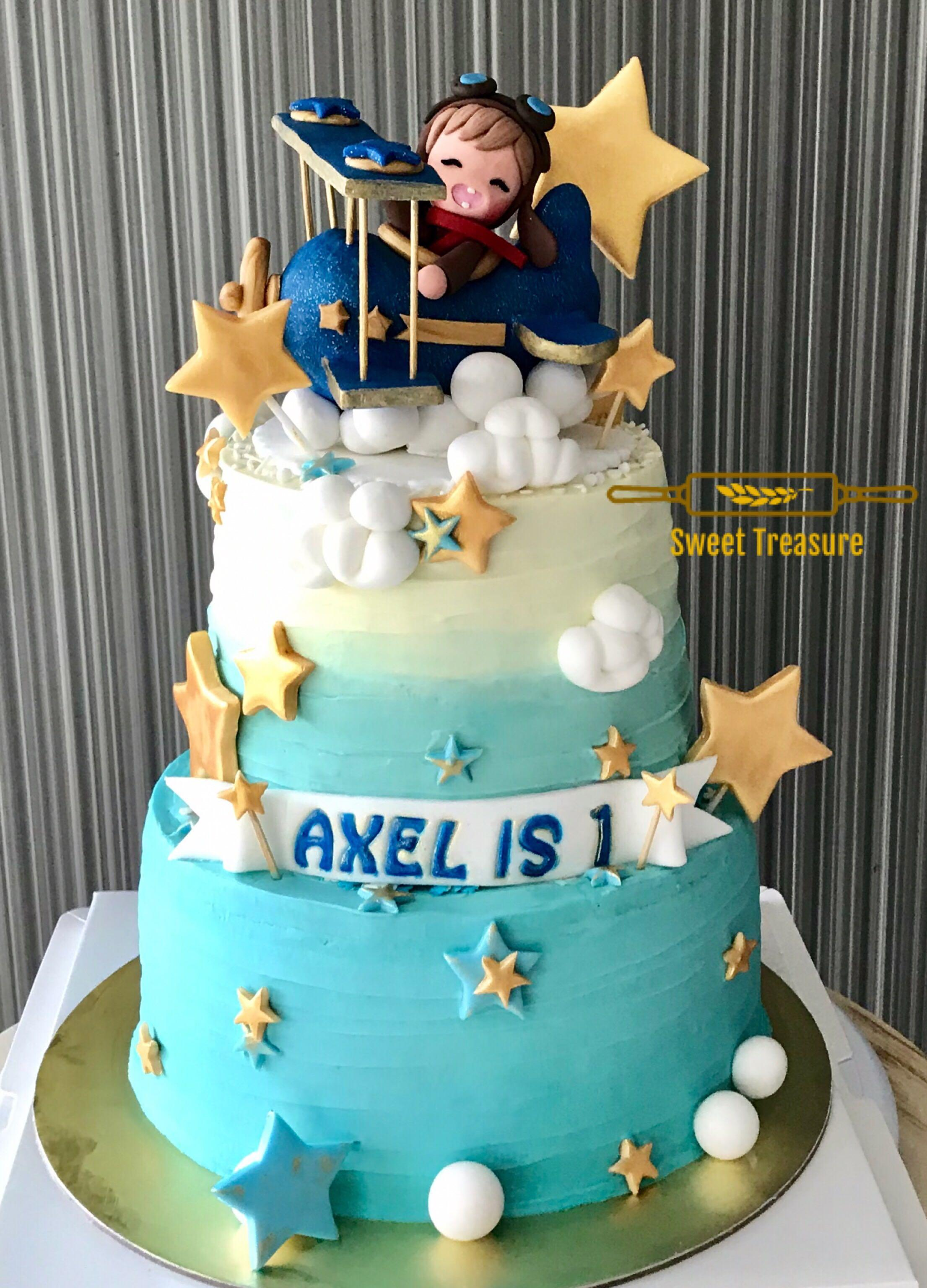 Marvelous Stars Clouds Birthday Cake Food Drinks Baked Goods On Carousell Funny Birthday Cards Online Unhofree Goldxyz