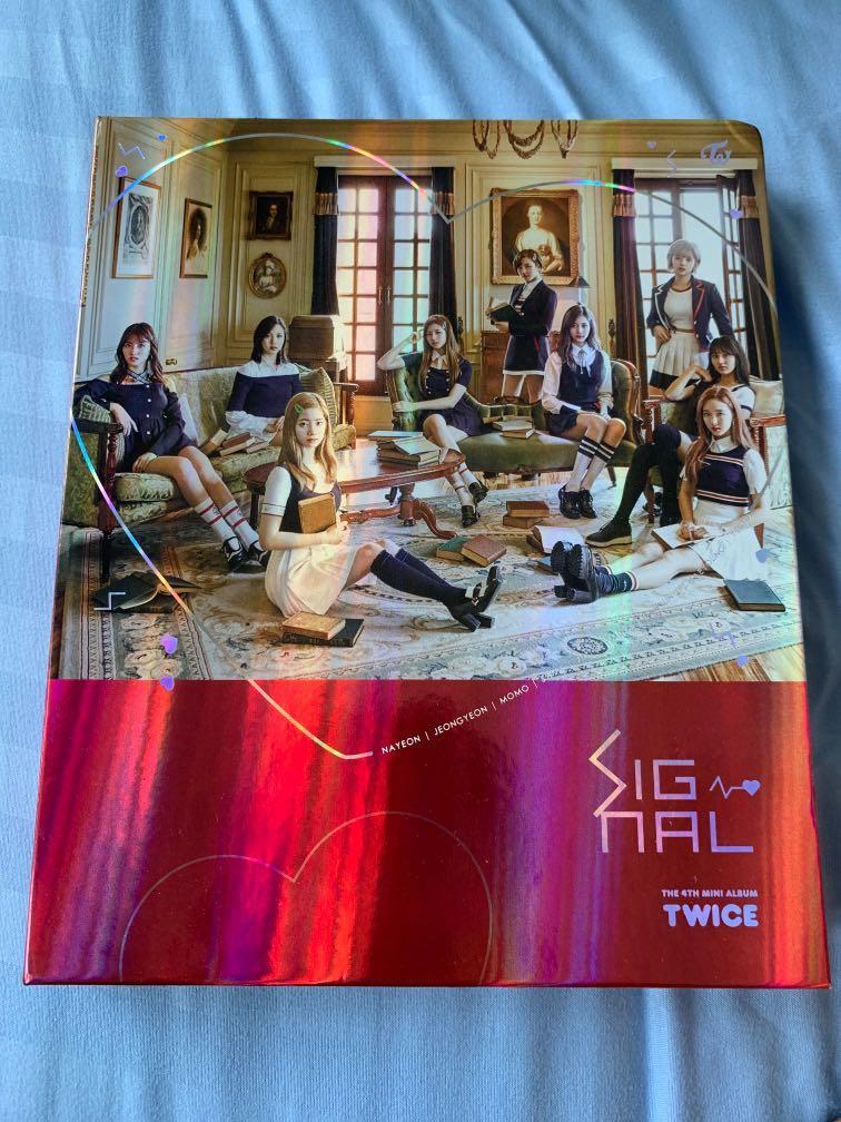 Twice Signal Album with tzuyu cd