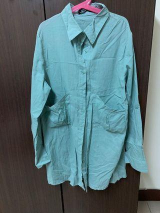 淺綠色 雙口袋 長版襯衫