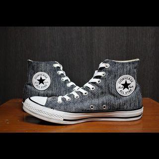 Converse High Top LIKE NEW ! 💯🔥