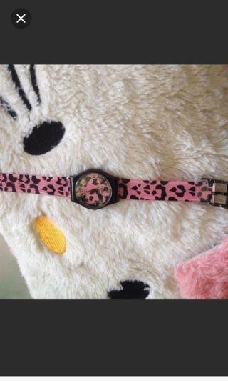 Jam tangan pink lucu