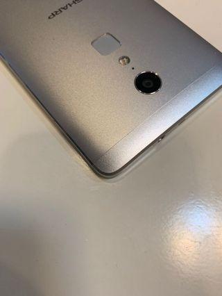 Sharp Z2 10核心 32G