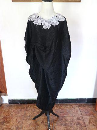 Black Floral Kaftan