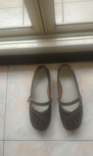 女輕便皮鞋