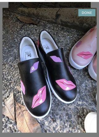 近新✨漆皮嘴唇厚底黑色樂福鞋