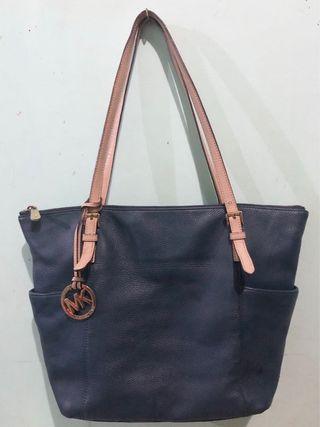 Authentic Michael Kors Soft Leather Bag