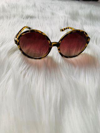 Sunglasses leopard