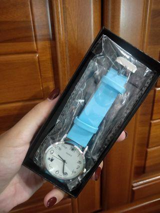 天藍小清新可愛手錶