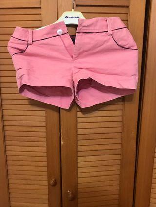 粉色公主風短褲