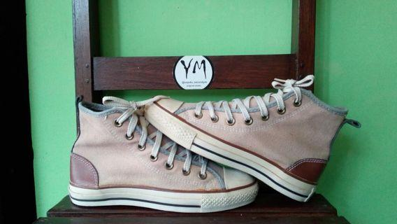Converse high oversise