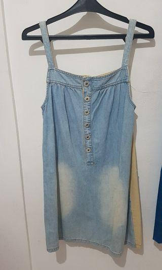Overall dress denim