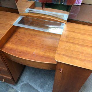 實木化妝桌 桌子加上鏡子