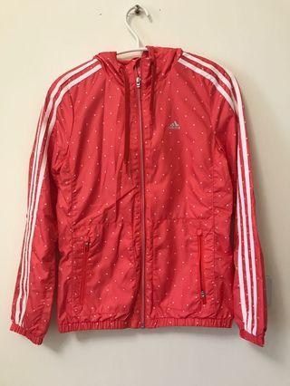 全新⭐️ Adidas  連帽外套女-橘- XS. (GFX PK OT JKT2 ) 風衣外套-運動外套-防風外套