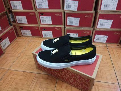 Sepatu Vans Classic Slip On x Harry Potter Hufflepuff Black