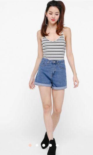 Ella cuffed denim shorts (size S)