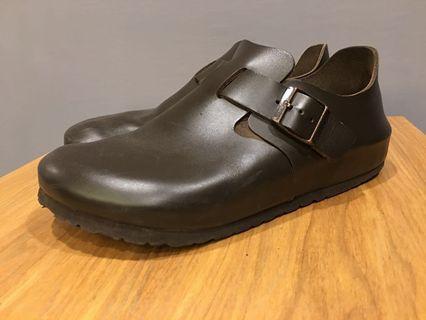 Birkenstock勃肯包鞋