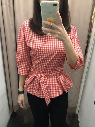 Puff sleeves red top