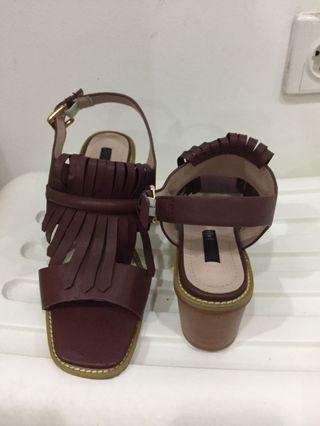 Sepatu coklat vintage