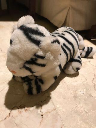 Boneka Harimau Putih