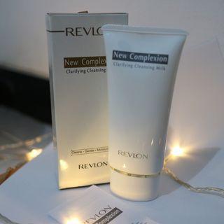 Revlon New Complexion Clarifying Cleansing Milk