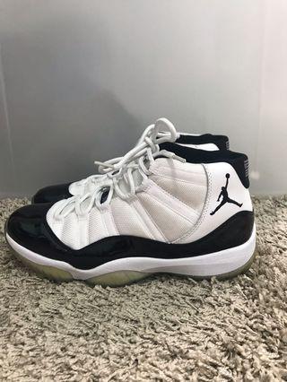 Air Jordan 11 us8.5