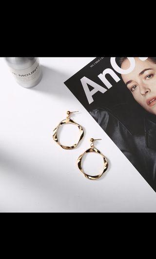 [2019 S/S Hot Item!] Korean Irregular Circle Earring