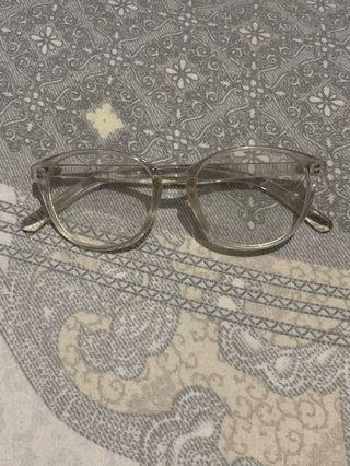 Frame Kacamata Bening