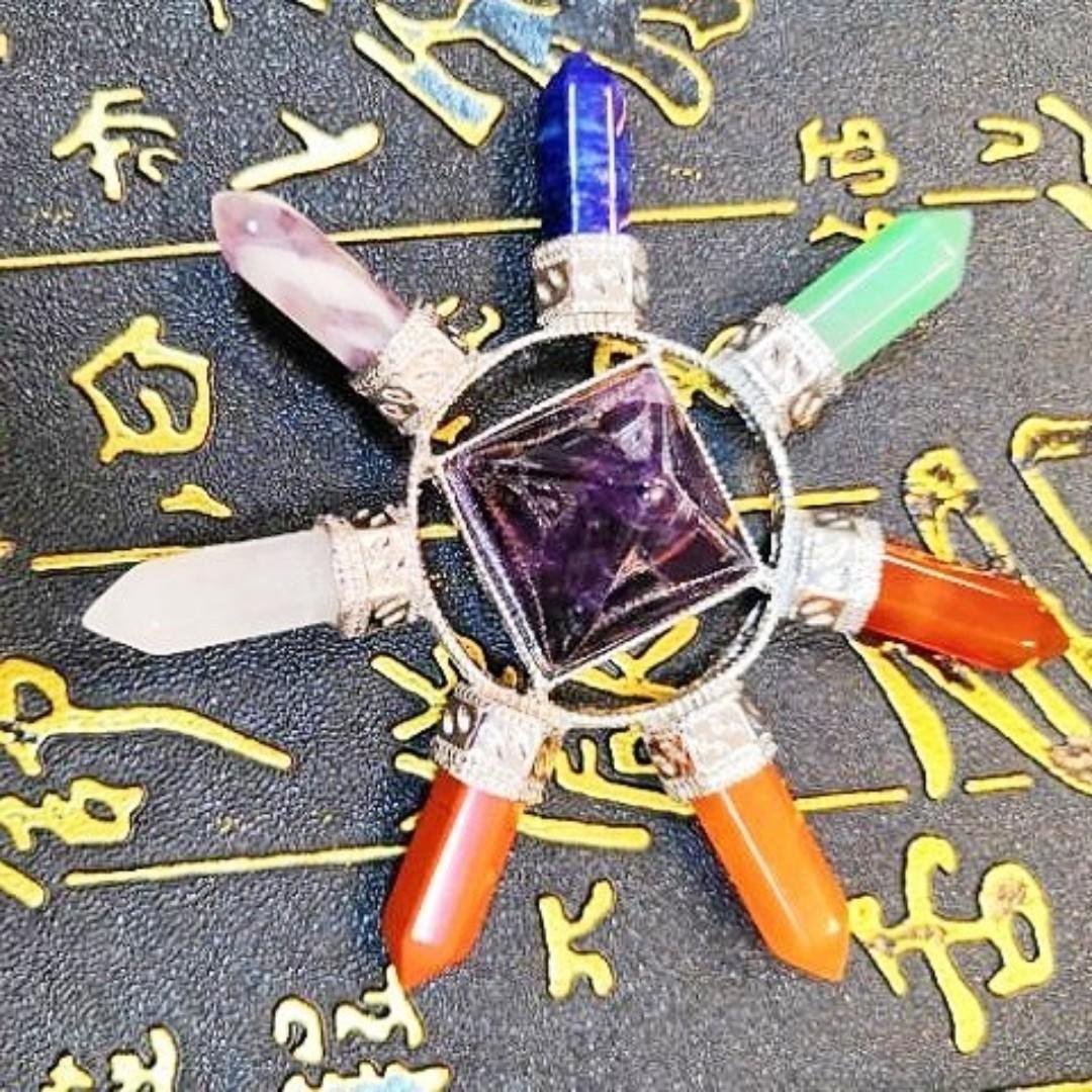 ♡啾啾♡【滿900免運】七脈輪水晶塔/能量水晶塔/水晶能量金字塔(紫水晶,白水晶,黃玉,東菱玉,瑪瑙,彩虹石,青金石)