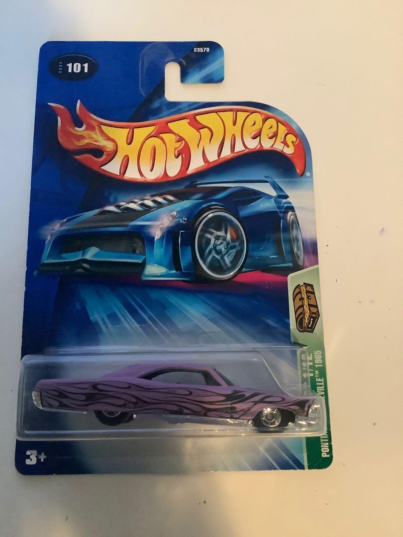 Hot wheels 1965 SUPER TREAUSRE HUNT Pontiac bonneville rare limited edition diecast car with real riders