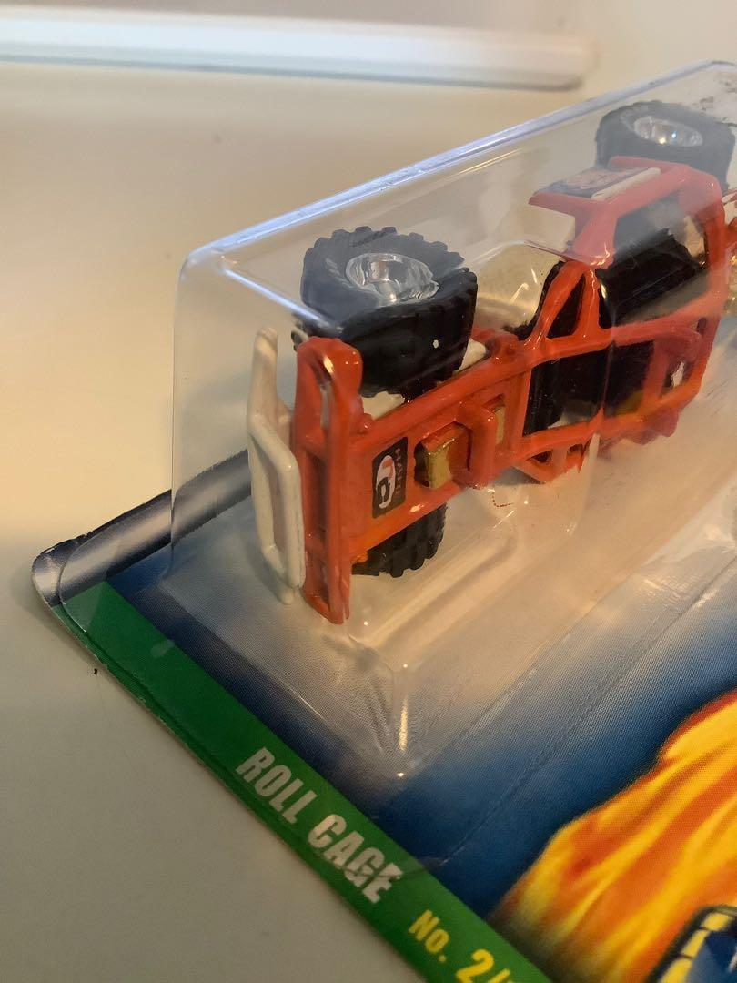 Hot wheels 2000 SUPER TREASURE HUNT roll cage diecast car with rubber wheels
