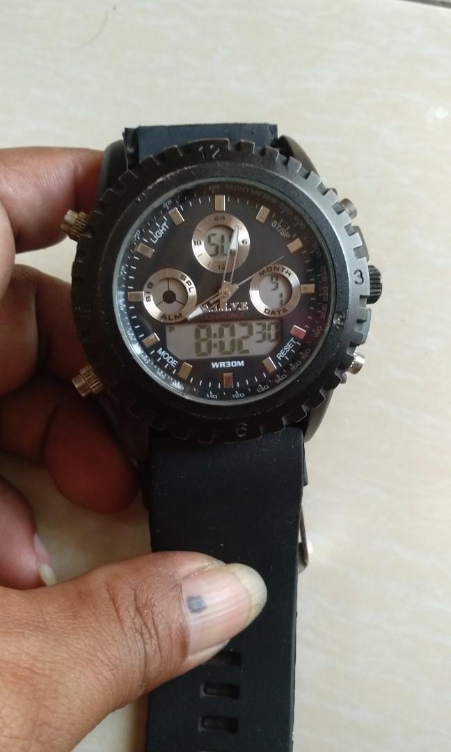 Jam tangan sport
