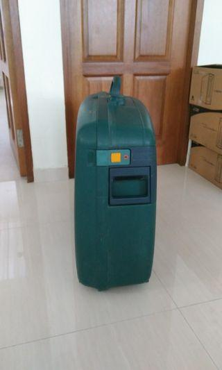 """Green Delsey 30"""" Luggage"""