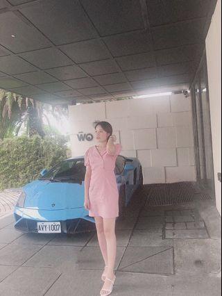 正韓粉色洋裝