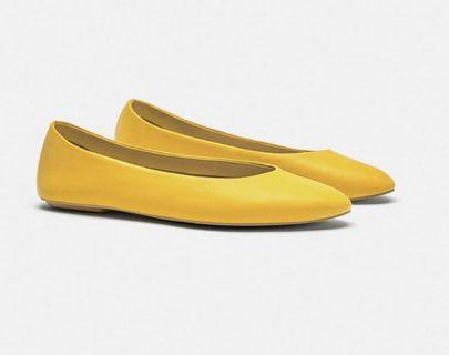 🇪🇸ZARA🇪🇸❤️❤️ YELLOW LEATHER BALLERINAS 全牛皮軟皮銘黃平底鞋(底高1cm)