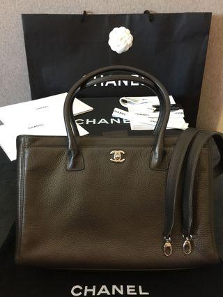 LOWEST $2200 Authentic FULL SET CHANEL Bag with Original Receipt
