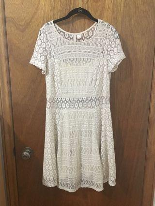 Beige lace dress size 12